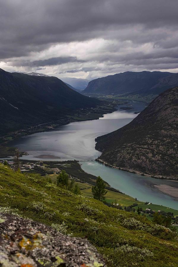 13-8 uitzicht op fjord